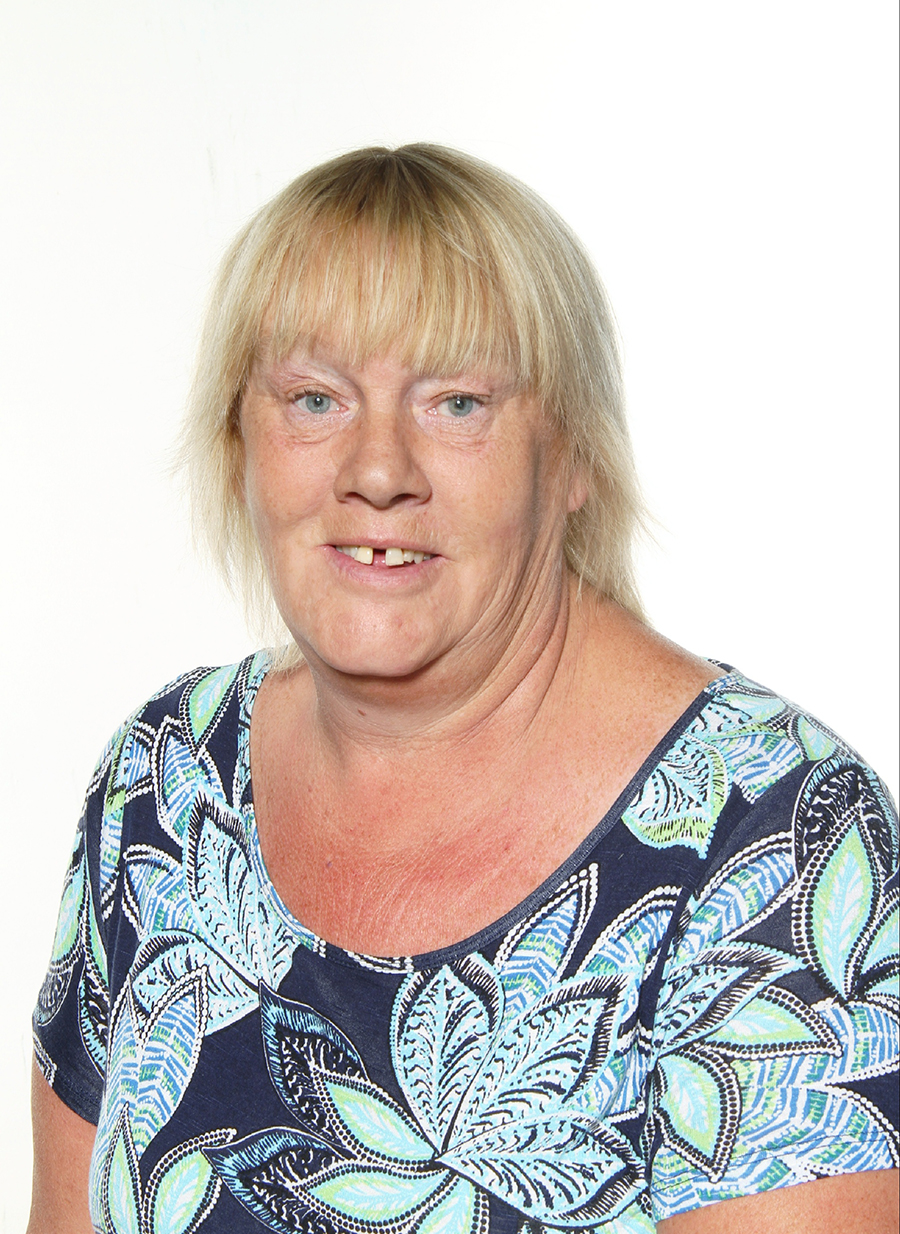 Mrs L. Preston